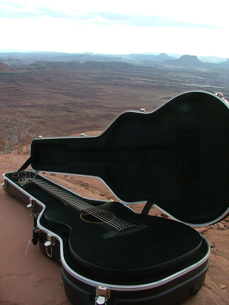 Canyonlands Guitar Actions